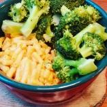 Gluten free Mac & Cheese with Brocoli